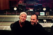 RHCP работают над новым альбомом с продюсером Radiohead