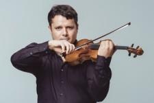 25 апреля Камерный оркестр Olympic orchestra исполняет  «Времена года»
